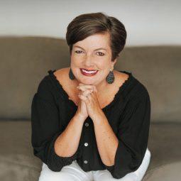 Lynn Mangan