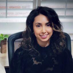 Yasmin Bakhtiar, DMD